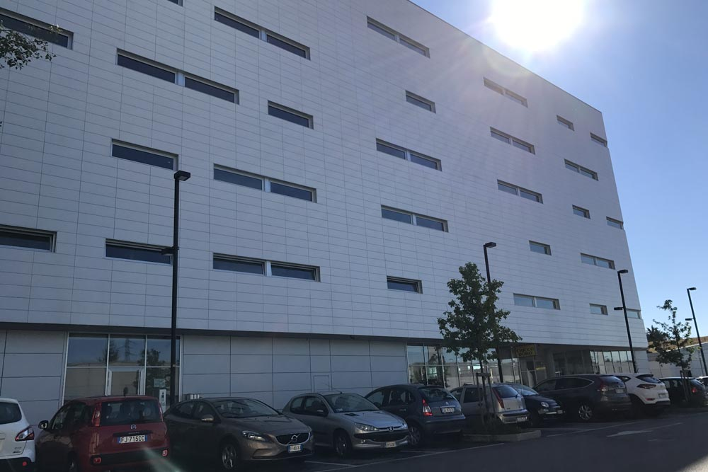 Centro Direzionale Commerciale - Bergamo (BG) Italia